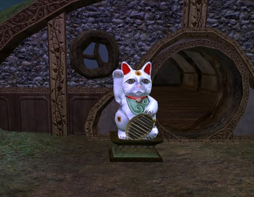 Lucky Cat Figurine